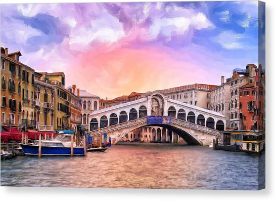 Dawn Light At Rialto Bridge Canvas Print