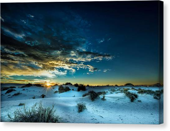 Daybreak At White Sands Canvas Print