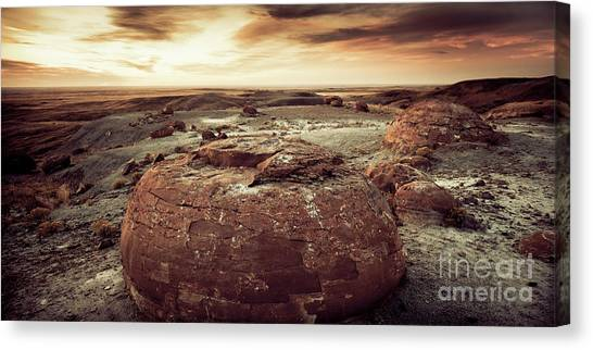 Daylight Leaving Redrock Canvas Print