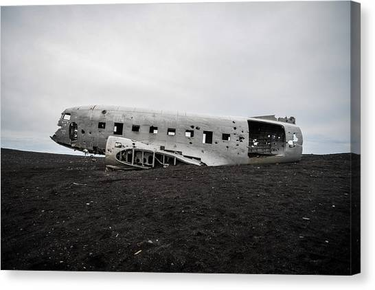 Dc-3 Wreck On The Solheimasandur Canvas Print