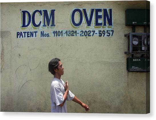 Dcm Oven 2 Canvas Print by Jez C Self