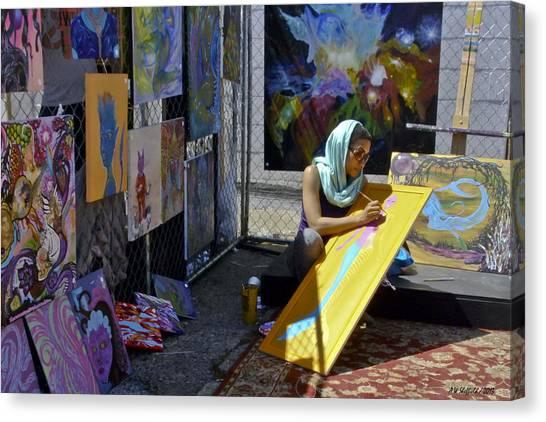 Deep Elum - Artist At Work  Canvas Print