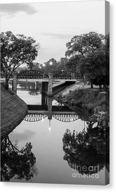 Delaware Creek At Dawn Canvas Print