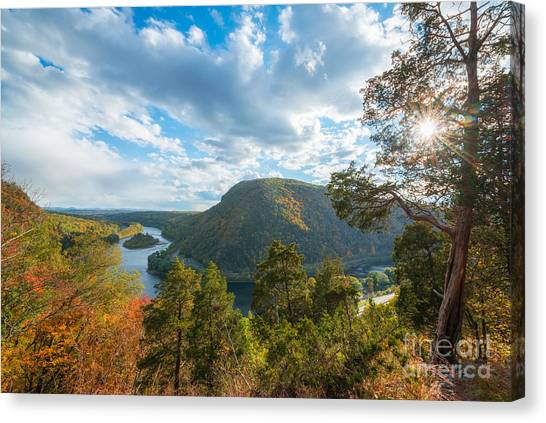 Delaware Water Gap In Autumn Canvas Print
