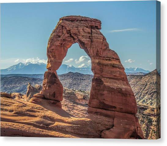 Delicate Arch In Early Morning Canvas Print