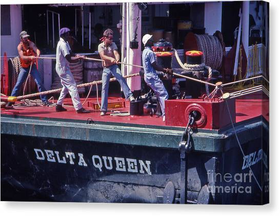 Delta Queen Riverboat Canvas Print by Randy Muir