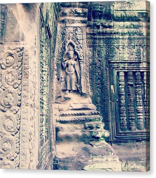 Hinduism Canvas Print - Details Of A Temple In Angkor Wat by Linnea Lindblom
