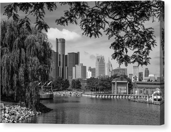Detroit Skyline And Marina Black And White  Canvas Print