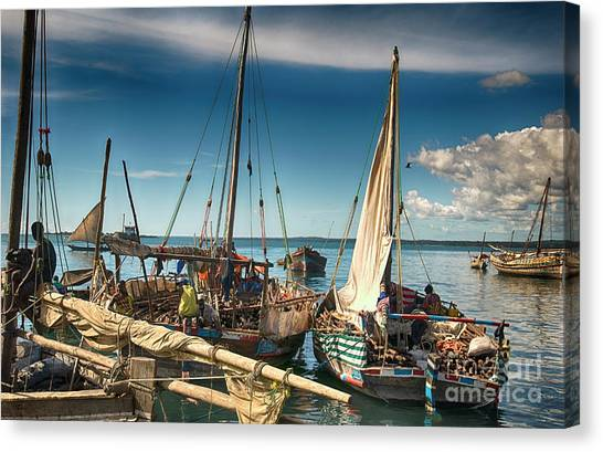 Dhow Sailing Boat Canvas Print