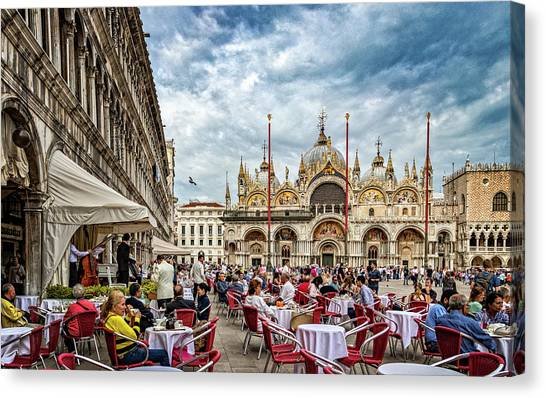 Dining On St. Mark's Square Canvas Print