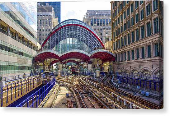 Dlr Canary Wharf And Approaching Train Canvas Print