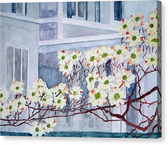 Dogwood Time In Oldtown Canvas Print by Larry Wright