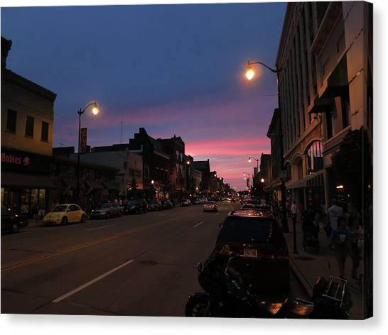 Canvas Print featuring the photograph Downtown Racine At Dusk by Mark Czerniec
