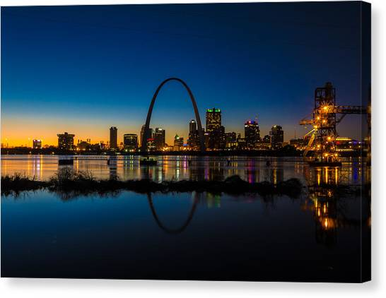 Downtown St. Louis And The Gateway Arch Canvas Print
