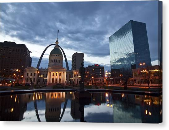 Downtown St. Louis At Dawn Canvas Print