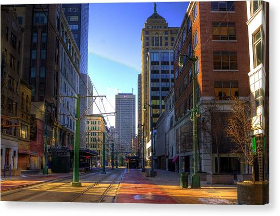 Downtown Sunday Morning In February Canvas Print