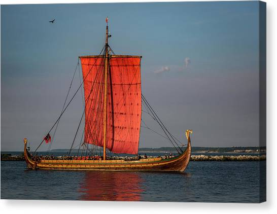 Draken Harald Harfagre Canvas Print