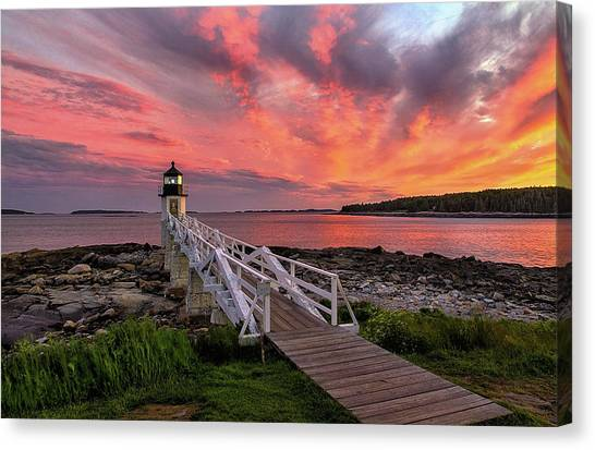 Dramatic Sunset At Marshall Point Lighthouse Canvas Print