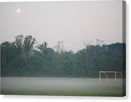 Dreams And Goals Canvas Print by Peter  McIntosh