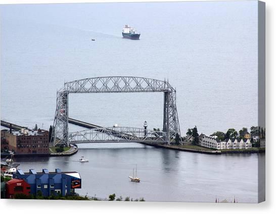 Duluth Lift Bridge On A Grey Day Canvas Print