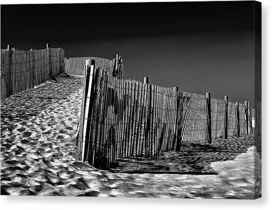 Dune Fence, Black And White Canvas Print
