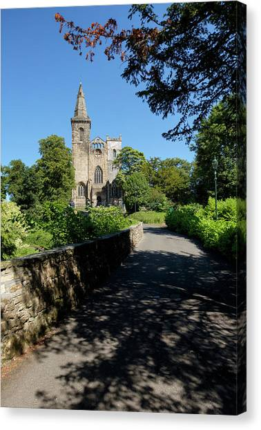 Canvas Print featuring the photograph Dunfermline Abbey by Jeremy Lavender Photography