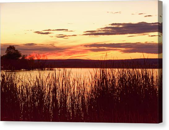 dusk on Lake Superior Canvas Print