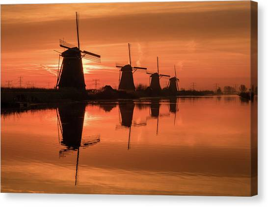 Dutch Sillhouette Canvas Print