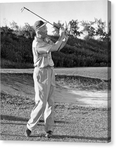 Nato Canvas Print - Dwight Eisenhower Golfing by Underwood Archives