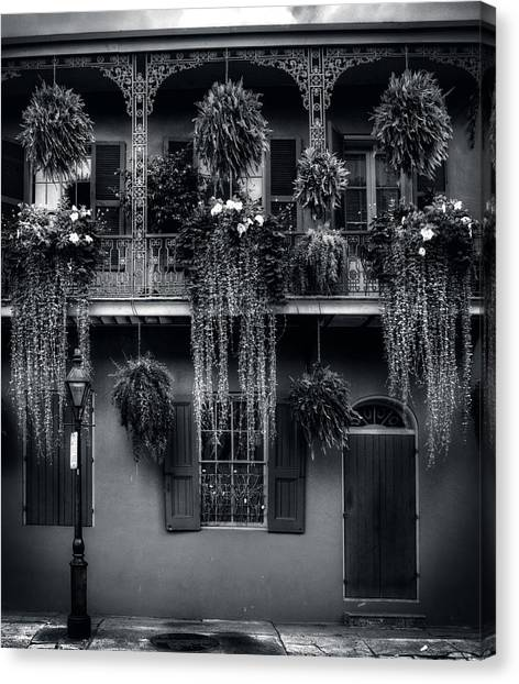 Early Morning In New Orleans In Black And White Canvas Print