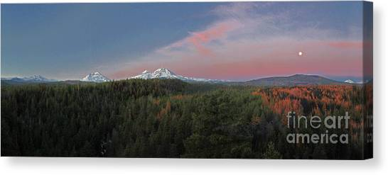 Canvas Print - Early Sunrise by Gary Wing