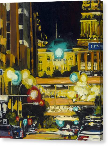 East 13th And Locust St Des Moines Canvas Print