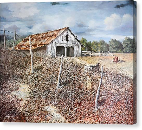 East Texas Barn Canvas Print by Bob Hallmark