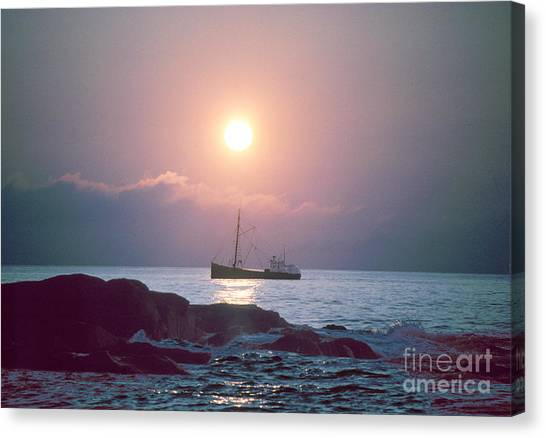 Eastern Rig Canvas Print by Jim Beckwith