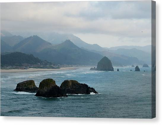 Ecola State Park View Of Haystack Rock And 3 Arch Rocks Canvas Print
