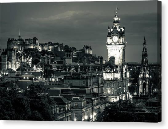 Edinburgh In Black And White Canvas Print