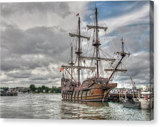 El Galeon Andalucia In Portsmouth Canvas Print