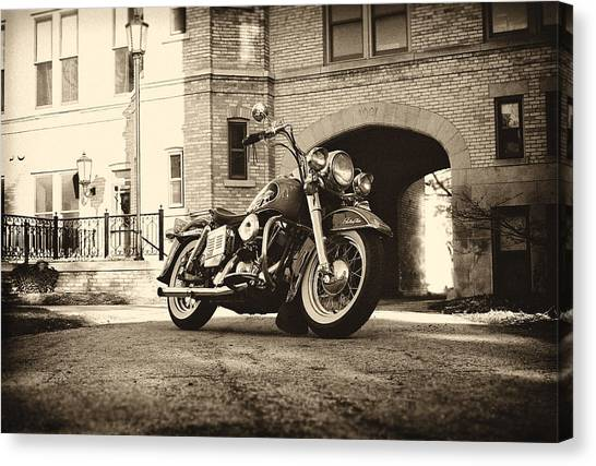 Choppers Canvas Print - Electra Glide by  Nick Solovey