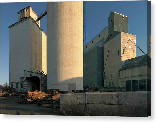 Elevators In Moscow Idaho Canvas Print by Jerry McCollum