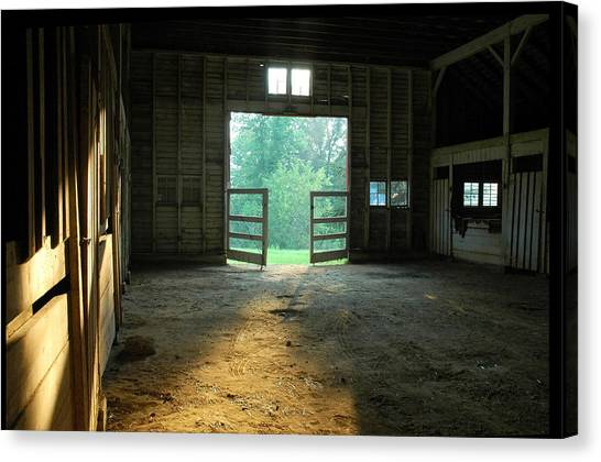 Canvas Print - Ellwood Barn 2 by Althea Sumpter