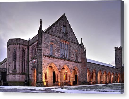 Elphinstone Hall - University Of Aberdeen Canvas Print