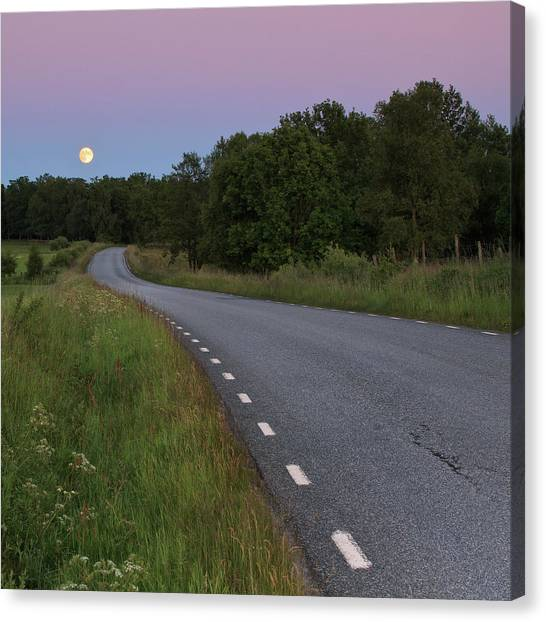 Empty Road In Countryside Landscape Canvas Print by Jens Ceder Photography