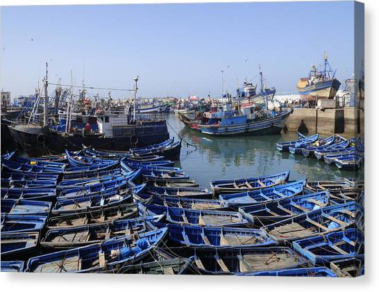 Essaouira Morocco Canvas Print by Liz Pinchen