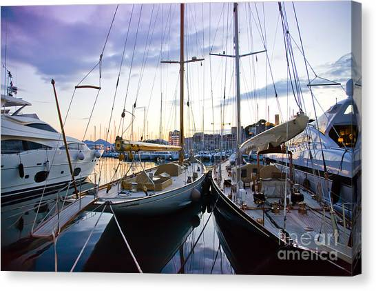Evening At Harbor  Canvas Print