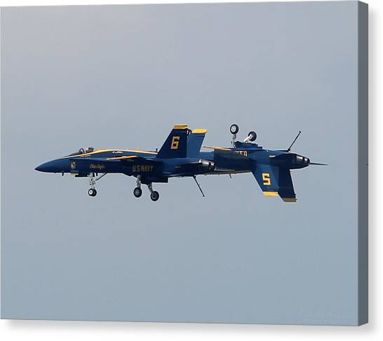 F/a 18 Hornet In Tandem Canvas Print