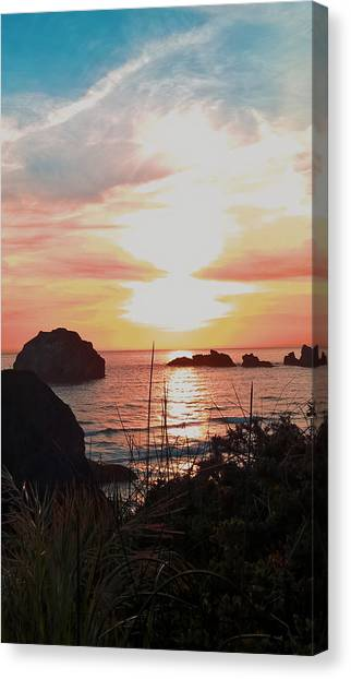 Face Rock Sunset II Canvas Print