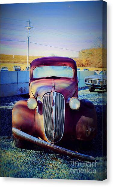 Facelift Wanted Car Canvas Print