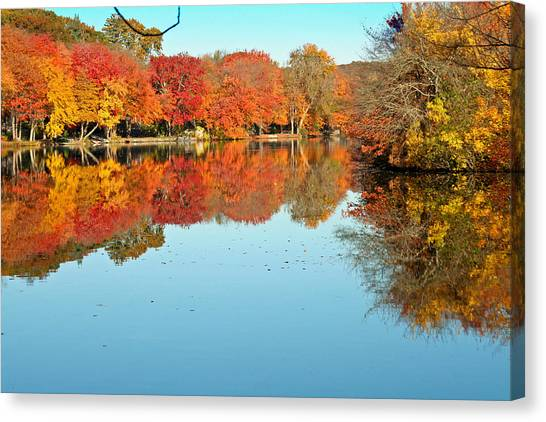 Fall Morning In East Lyme 1 Canvas Print by Gerald Mitchell