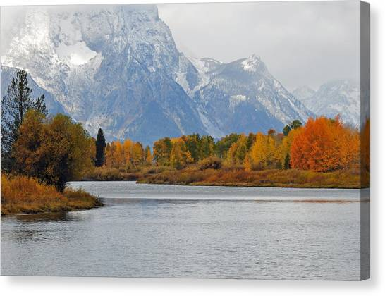 Fall On The Snake River In The Grand Tetons Canvas Print