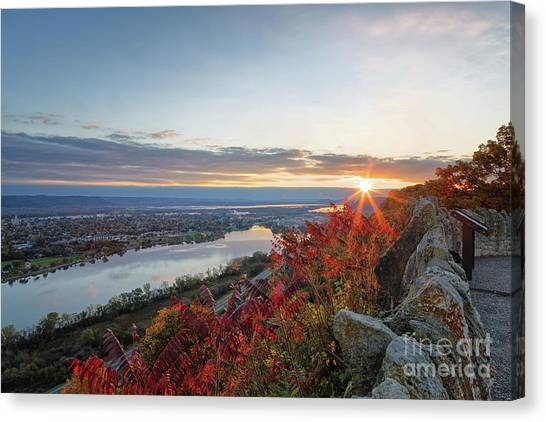 Fall Sunrise At Garvin Heights Winona Canvas Print